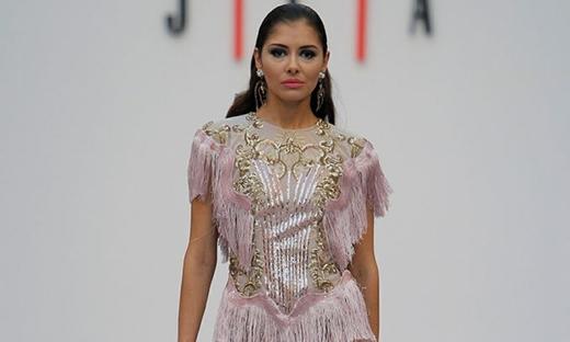 2019春夏婚纱[Juan Carlos Armas]马德里时装发布会